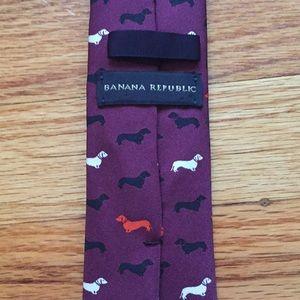 Banana Republic men's skinny dog tie